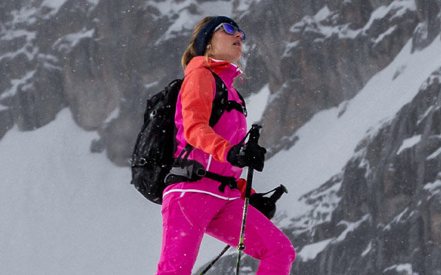 Women Mountain sports